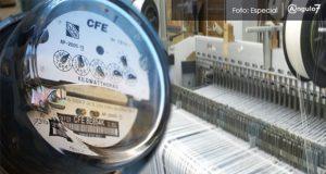 Textileros poblanos denuncian alzas de hasta del 95% en costos de luz