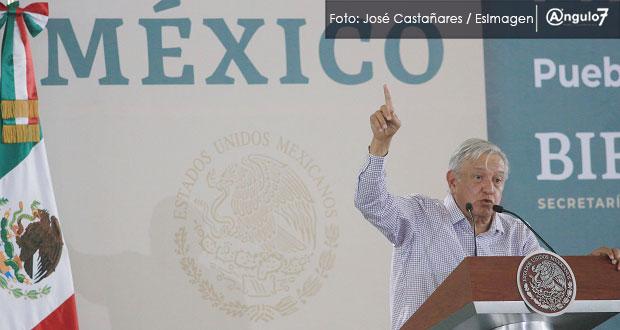 En visita a Puebla, AMLO exige no usar su imagen y elección sin fraude