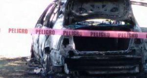 Hallan cuerpo dentro de auto calcinado en Ciudad Serdán; sería titular de MP