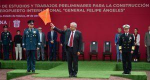 AMLO inaugura estudios para Santa Lucía