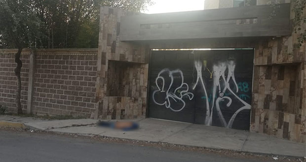 """Abandonan cadáver con mensaje en supuesta casa de """"El Negro"""", en Clavijero"""