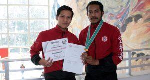 Alumnos de la BUAP ganan bronce en campeonato mundial de karate