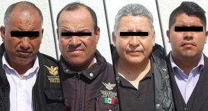 Caen 4 vigilantes de Hospital Puebla acusados de robar 174 mil pesos