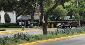 Mujer es asesinada por su esposo afuera de Casa Jalisco