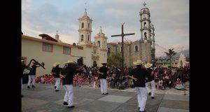 Con mariachi y bailes, celebran cuaresma en San Miguel Canoa