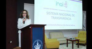 Corrupción afecta desarrollo económico y social: comisionada de INAI