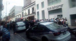 En pleno Centro Histórico de Puebla intentan linchar a delincuente