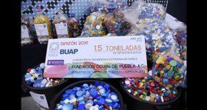 Entrega BUAP tonelada y media de tapas de plástico a Fundación Down
