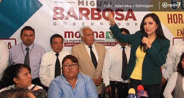 De nueva cuenta, Erika Díaz usa al Consejo Taxista y ahora apoya a Barbosa