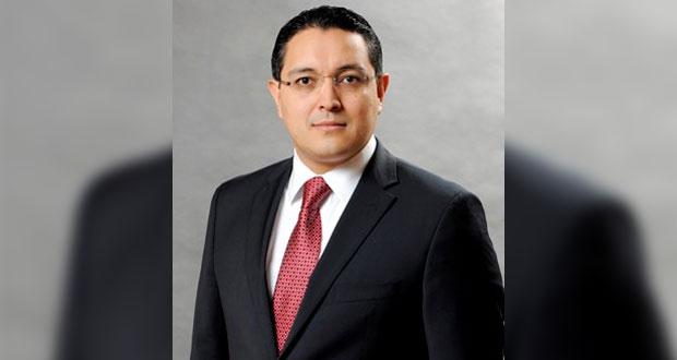 Guillermo Zúñiga renuncia a la CRE; Ejecutivo sumaría 5 comisionados