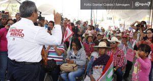 Jiménez Merino promete entrega de despensas y casas para mujeres violentadas