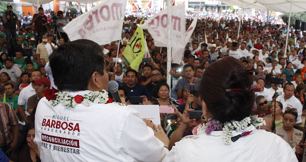 En Ajalpan, Barbosa pide no juzgar el pasado y pide reconciliación