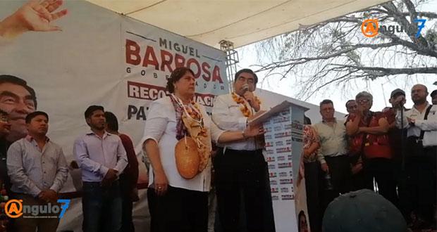 Regresaré a juntas auxiliares autonomía que les quitó RMV, promete Barbosa