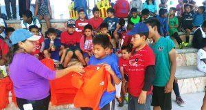 Niños de Atexcal participan en justas deportivas de Feria de Ahuatempan