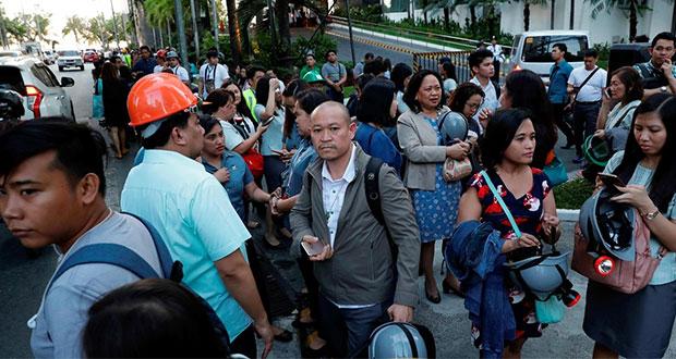 Sismo de 6.1 grados deja edificios caídos y 5 muertos en Filipinas