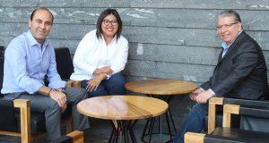 Tras no lograr candidatura de PRI, Doger se reúne con panistas