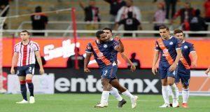 Club Puebla vence 3-1 a Chivas y entra a zona de Liguilla