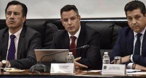 Gobernador de Oaxaca quiere cerrar frontera con Veracruz por violencia
