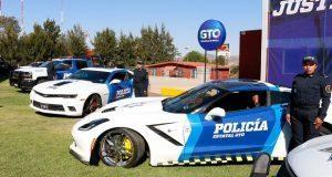 Con Camaros, Corvette y Mustang, Guanajuato refuerza policía