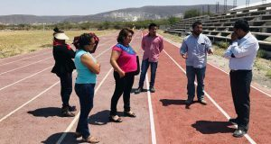 Supervisan construcción de unidad deportiva en colonia antorchista