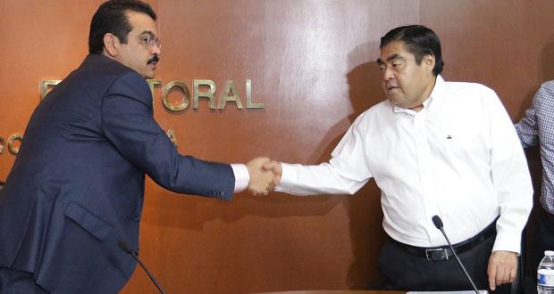 """PAN denuncia """"asistencia"""" de funcionarios a registro de Barbosa"""