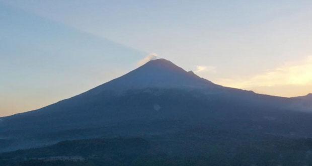 Popocatépetl tuvo 32 exhalaciones y 1 sismo volcanotectónico: PC