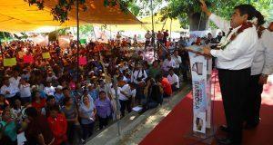 Barbosa ofrece promover reserva ecológica de Zapotitlán Salinas