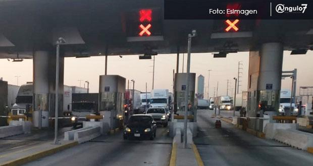 Caída del sistema IAVE causa largas filas en caseta de peaje de San Martín