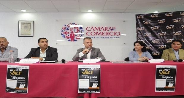 Descuentos hasta del 20% para poblanos que voten el 2 de junio: Canaco.  Foto: Jafet Moz/ EsImagen