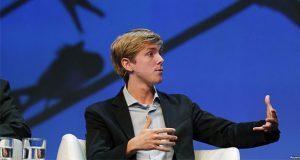 """Cofundador de Facebook pide dividirla; es un """"monopolio peligroso"""""""