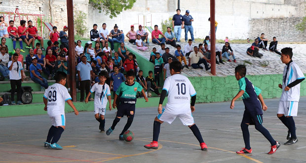 Comuna de Tepexi organiza liga municipal de futbol infantil
