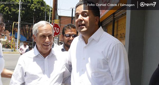Zepeda olvida críticas a RMV y viene a campaña de Cárdenas a adularlo