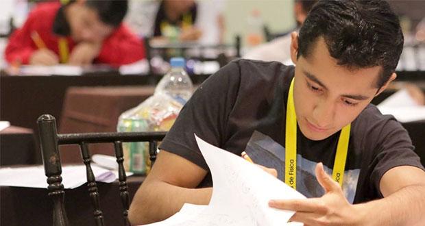 Estudiante mexicano es aceptado en 9 reconocidas universidades de EU