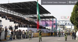 El tradicional Desfile 5 de Mayo regresa a sus orígenes y revive su colorido