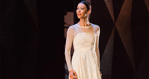 Elisa Carrillo recibe en Rusia el galardón Benois de la Danse 2019