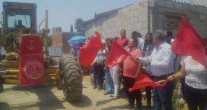 En Amozoc, Antorcha inaugura trabajos para pavimentar calle Juárez
