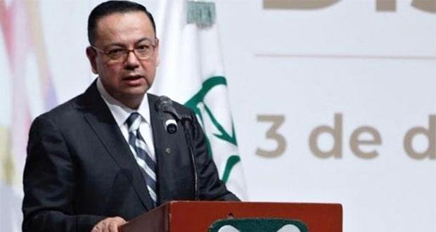 Germán Martínez renuncia al IMSS y culpa a SHCP