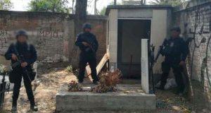 Hallan y clausuran toma clandestina en panteón de Azcapotzalco