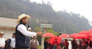 Jiménez Merino propone más carreteras para desarrollar comunidades
