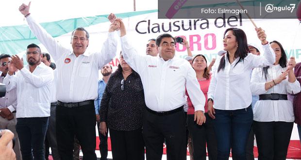 Hace un año criticó a Barbosa, hoy Leobardo Soto le levanta la mano