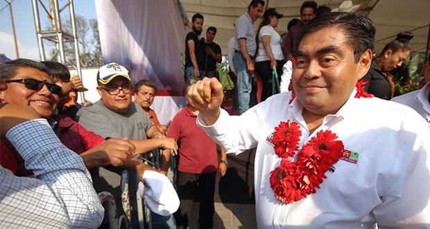 Nunca más un gobernador será dueño del estado, señala Barbosa