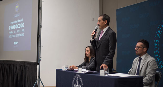 Presenta BUAP Protocolo para Casos de Violencia de Género