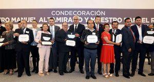 Reconocen trayectoria de mil 806 maestros de Puebla