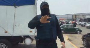 Reportero acusa agresión de policía de San Andrés en el Independencia
