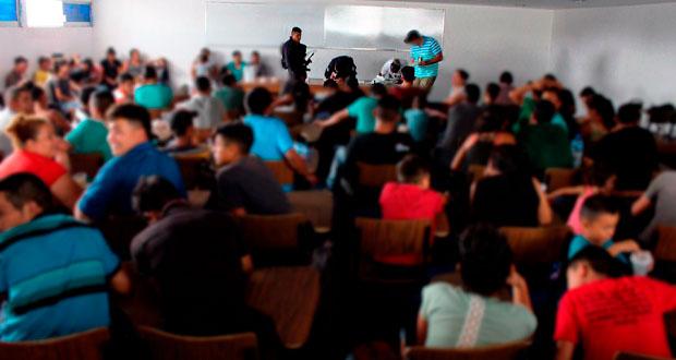 Rescatan en Puebla a 106 centroamericanos y detienen a dos