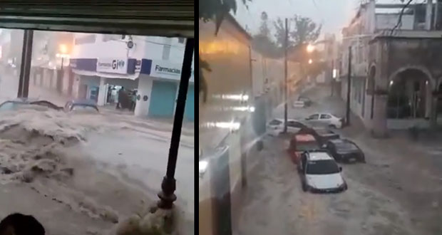 Tromba inunda Matehuala, en SLP, y arrasa con autos y edificios