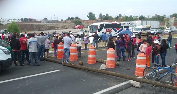 Vecinos de Cacalotepec protestan por segunda vez contra Grupo Proyecta