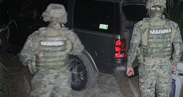 10 detenidos, por enfrentamiento entre marinos y huachicoleros en Xicotepec