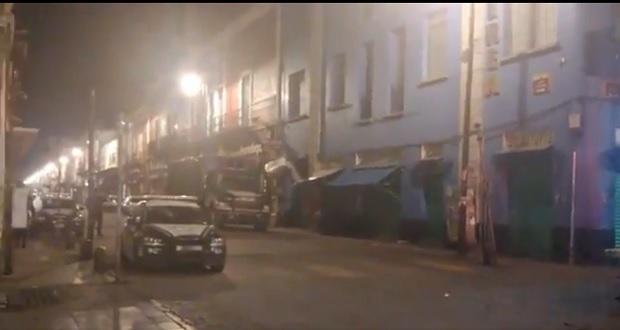 Agentes de la FGR catean dos joyerías en el Centro Histórico