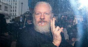 Assange rechaza solicitud para que Inglaterra lo extradite a EU